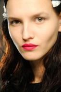 Lips09_V_1Feb13_pr_b_426x639